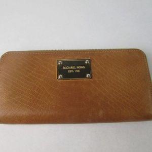 Michael Kors Large Tan & Gold Wallet